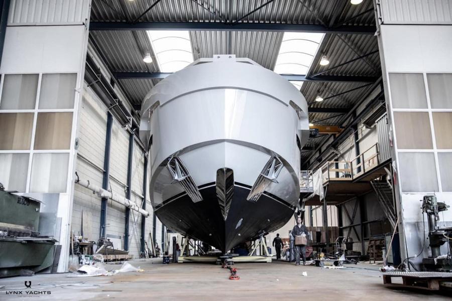 """""""YXT Lynx Yacht"""""""